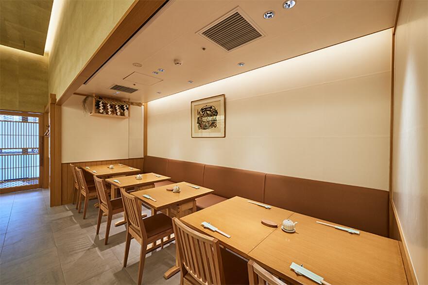おつな寿司 テーブル席
